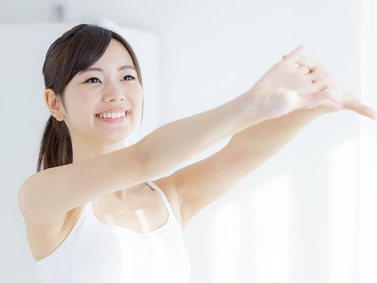 運動する女性イメージ